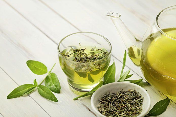 Poznaj niezwykłe właściwości zielonej herbaty