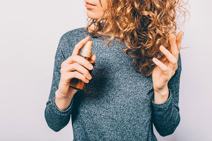 Co to jest serum do włosów i jak go stosować